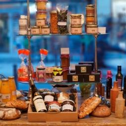 Le Plaisir de ce que nous Mangeons ; Le Respect d'où nous Vivons... Produits issus des Parcs Naturels Régionaux